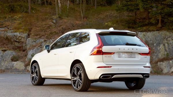 Volvo-XC60-Exterior-92216.jpg.bfd94e0cdc1aae11130991eb173943f7.jpg